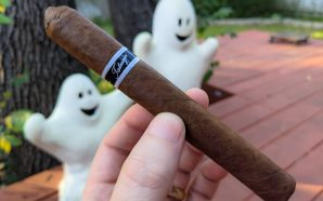Episode 125 – Slugs (1988), Tatuaje Black cigar, Beers